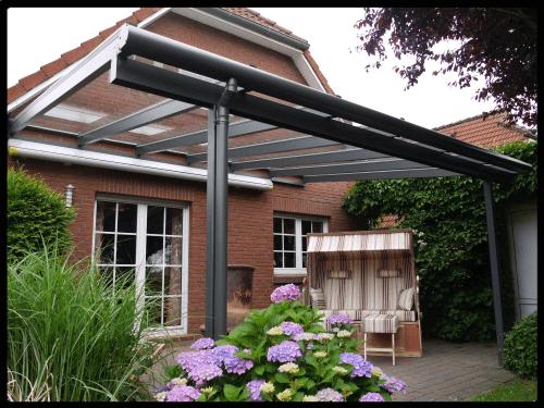 Hier kommen Sie zu unserer Terrassenüberdachung aus Aluminium