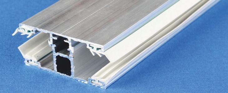 Stegplatten Profile im Dachbereich