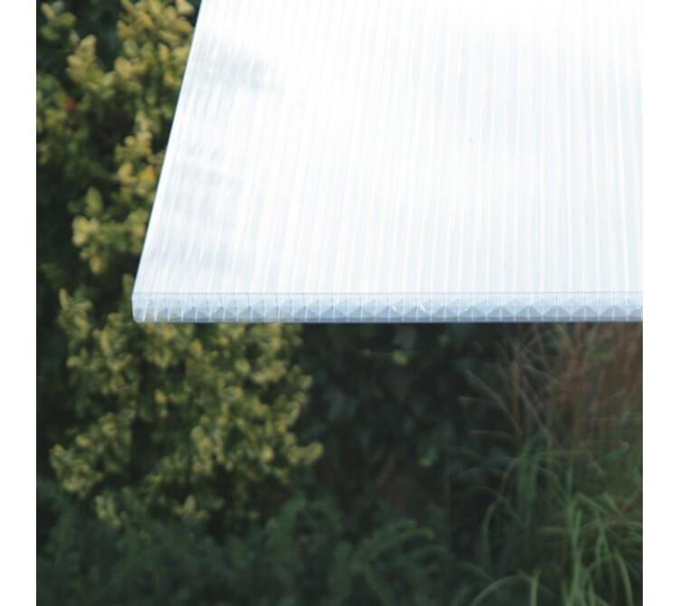 Stegplatte 32mm klar in natürlichen Lichtverhältnissen