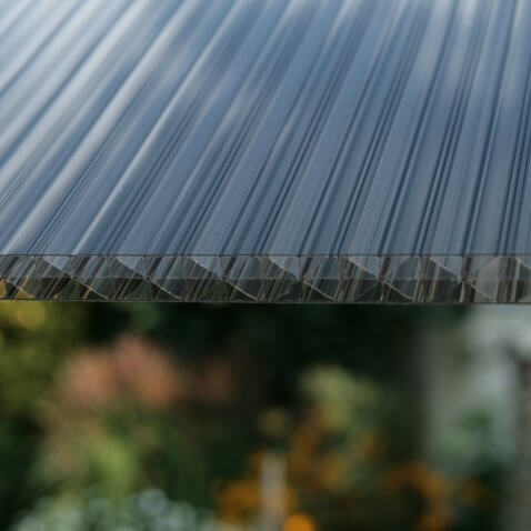 Struktur Doppelstegplatte X-Struktur rauchbraun